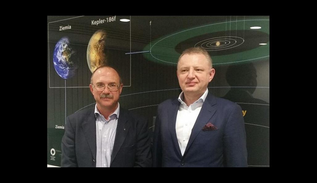 Kosmiczna Akademia Hertz Systems